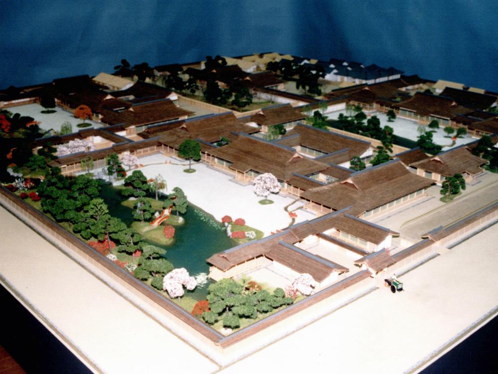 寝殿造六条院復元模型 │ 縮尺:1/100 │ 源氏物語ミュージアム