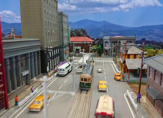 とある路面電車のある地方都市02