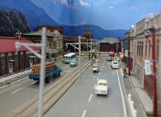 とある路面電車のある地方都市04
