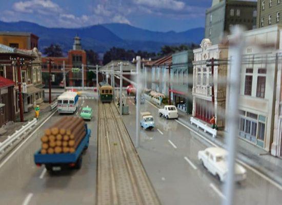 とある路面電車のある地方都市05